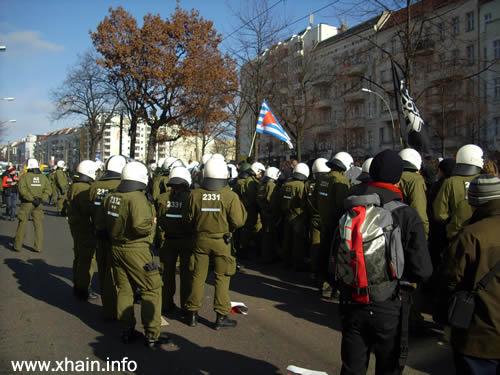 Die 23. Hundertschaft der Bereitschaftspolizei sicherte die Eröffnung