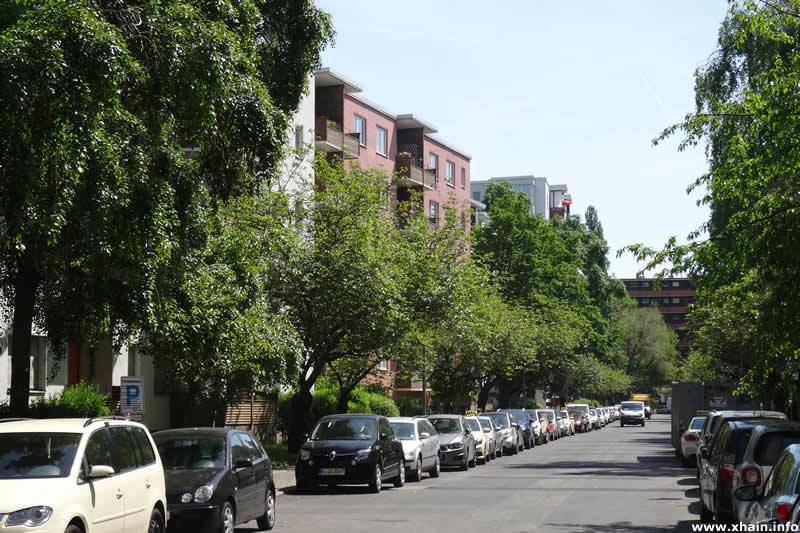 Kommandantenstraße, Blickrichtung Alexandrinenstraße