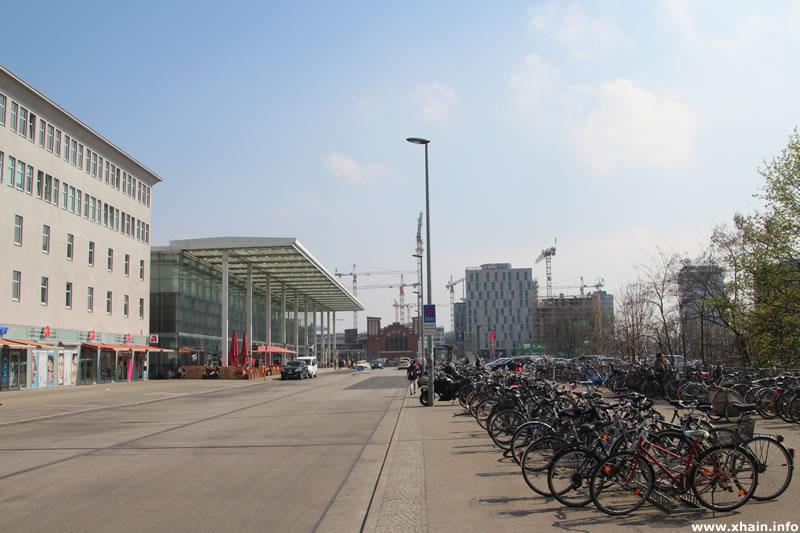 Straße Am Ostbahnhof, Blickrichtung Straße der Pariser Kommune