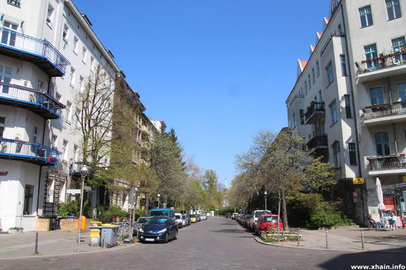 Tempelherrenstraße, Blickrichtung Carl-Herz-Ufer