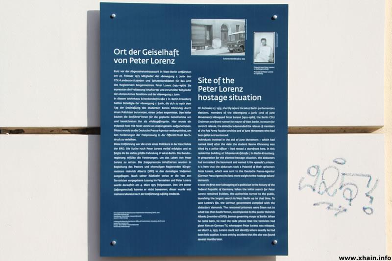 Gedenktafel für Peter Lorenz am Haus Schenkendorfstraße 7