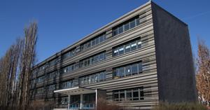 Blumen-Grundschule (Haus 2  Singerstraße 87)