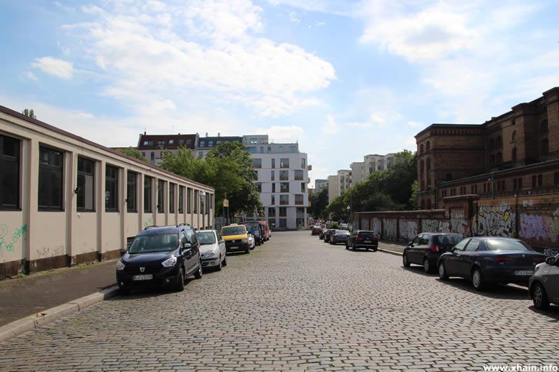 Brommystraße, Blickrichtung Köpenicker Straße