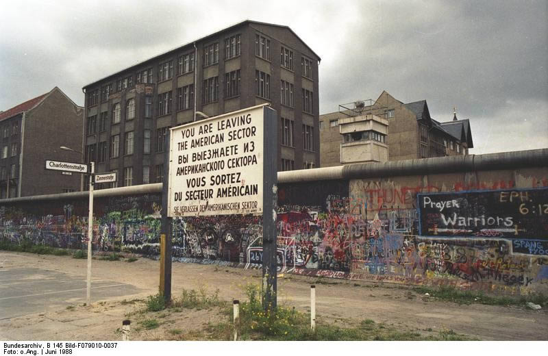 Berliner Mauer 1988, Charlottenstraße Ecke Zimmerstraße