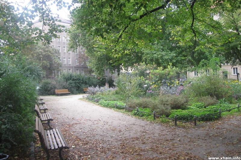 Comeniusplatz, Blickrichtung Marchlewskistraße
