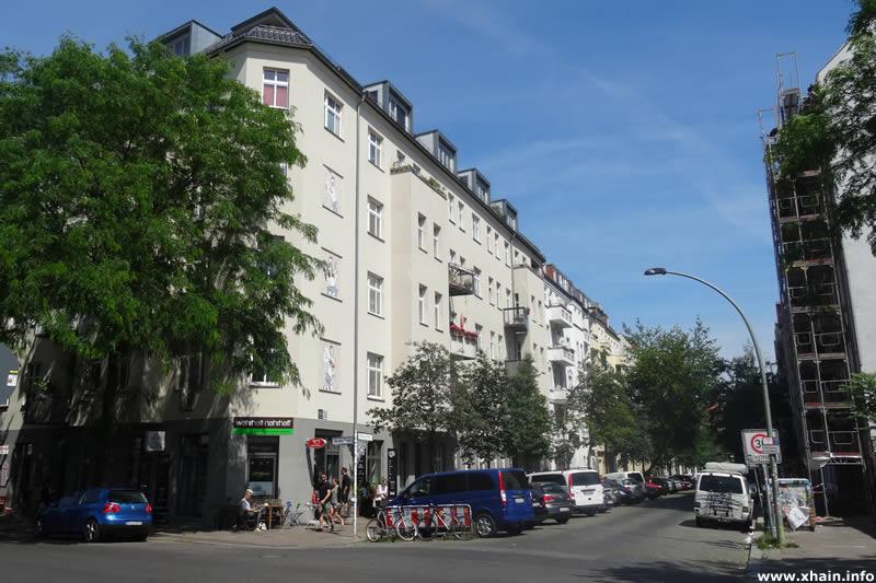 Dirschauer Straße Ecke Revaler Straße (Wahrhaft Nahrhaft)