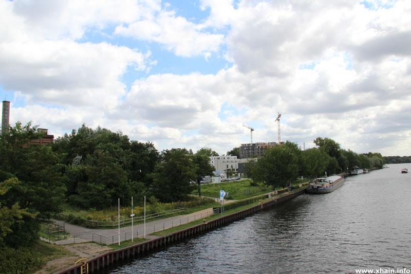 Spreeufer am Dora-Benjamin-Park