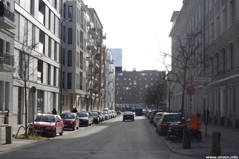 Ehrenbergstraße, Blickrichtung Stralauer Allee (Hotel nhow Berlin)