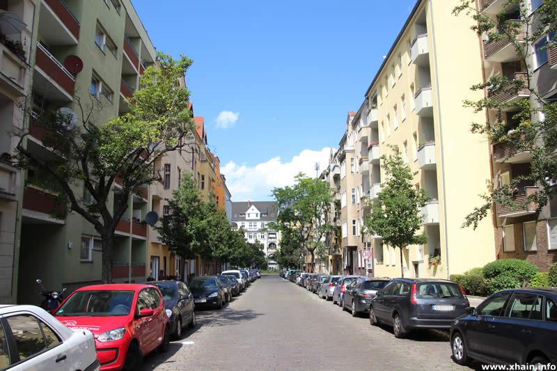 Eylauer Straße, Blickrichtung Monumentenstraße