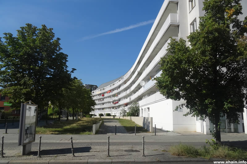 Fanny-Hensel-Weg Ecke Schöneberger Straße