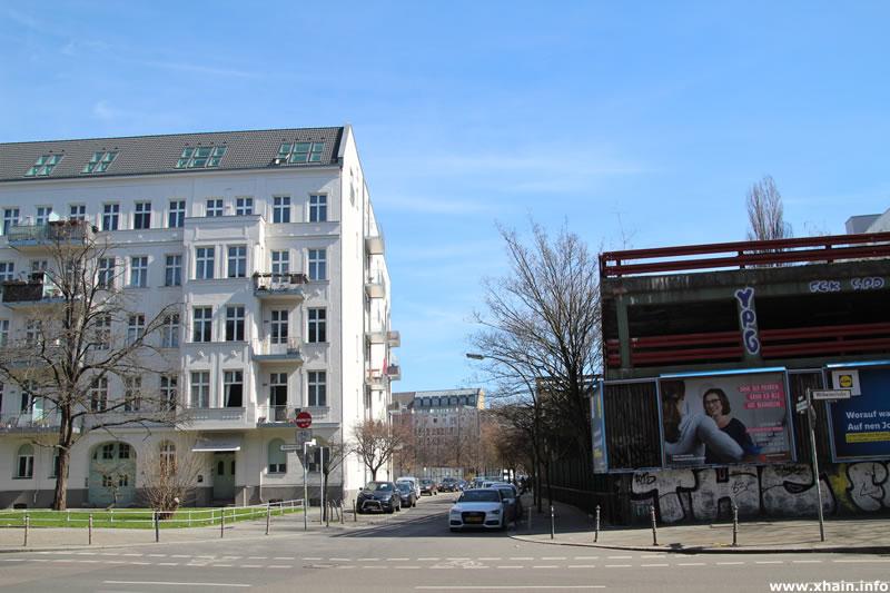 Franz-Klühs-Straße, Ecke Wilhelmstraße