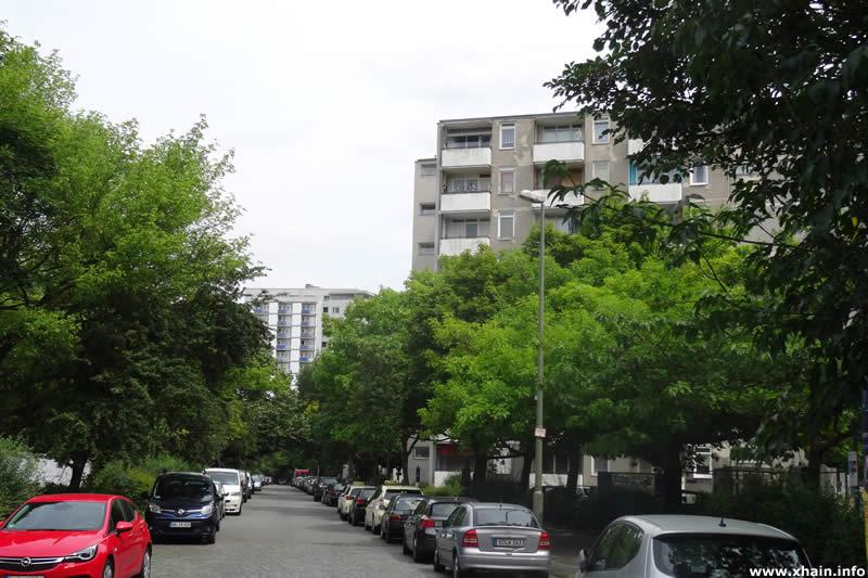 Franz-Künstler-Straße, Blickrichtung Alexandrinenstraße