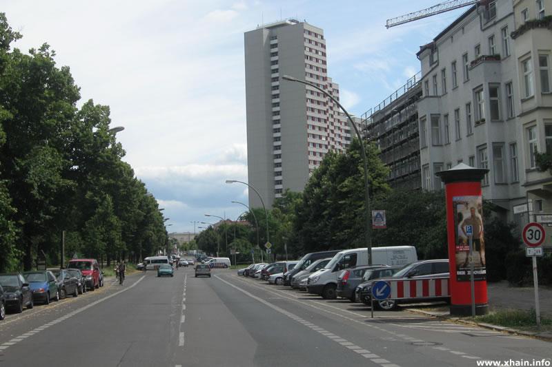 Friedenstraße am Volkspark Friedrichshain
