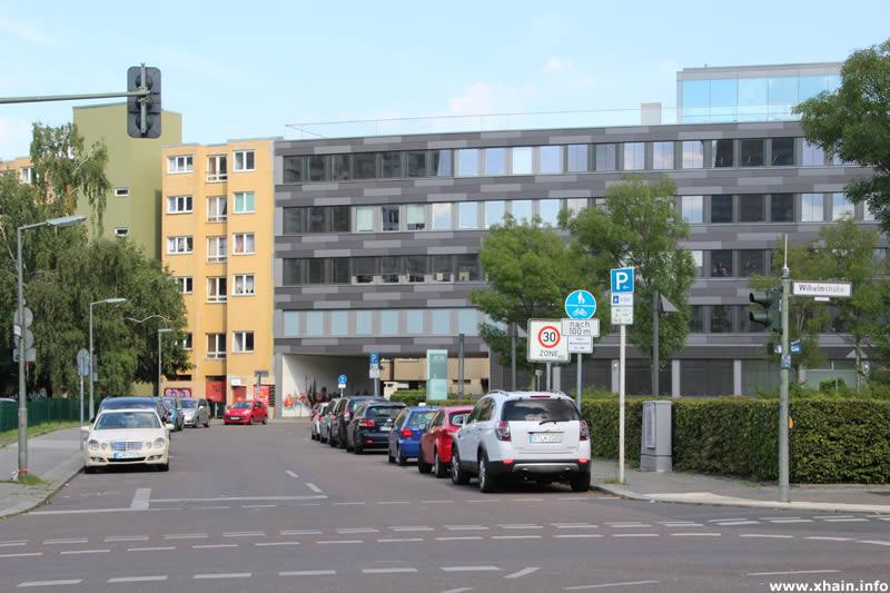 Friedrich-Stampfer-Straße Ecke Wilhelmstraße