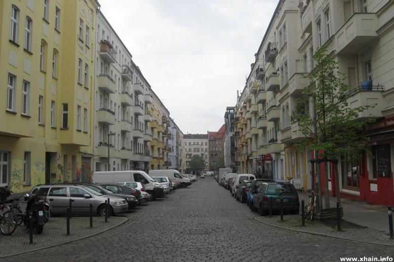 Gabelsbergerstraße Ecke Rigaer Straße (2012)