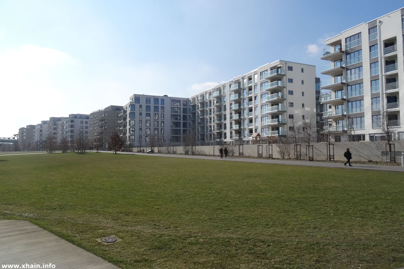 Park am Gleisdreieck / Flottwellstraße