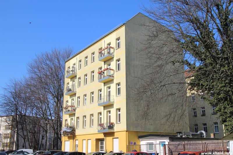 Altbau Graudenzer Straße 17
