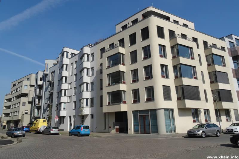 Helmerdingstraße, Ecke Revaler Straße