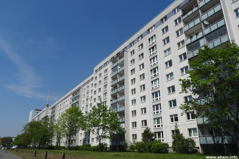 Plattenbauten an der Holzmarktstraße