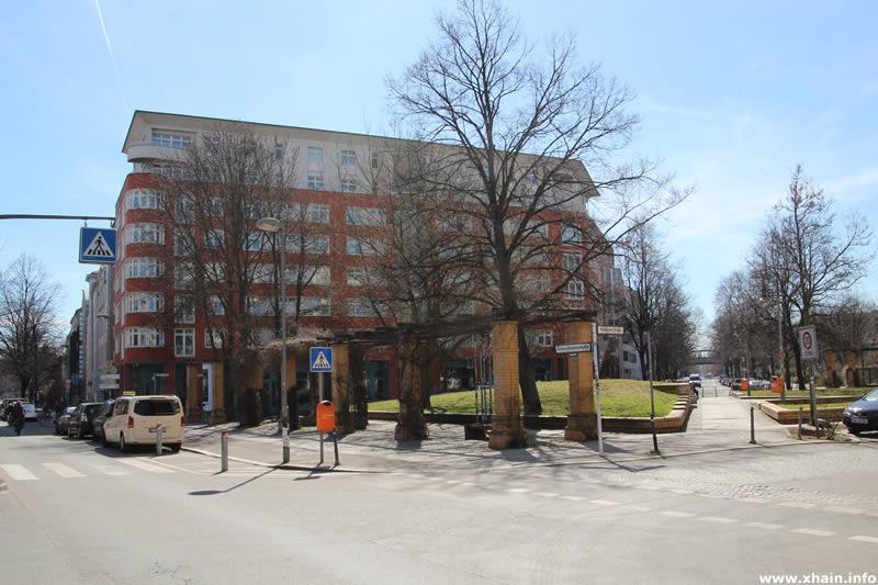 Ida-Wolff-Platz an der Stresemannstraße