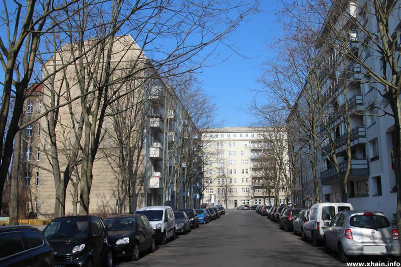 Kadiner Straße, Blickrichtung Hildegard-Jadamowitz-Straße
