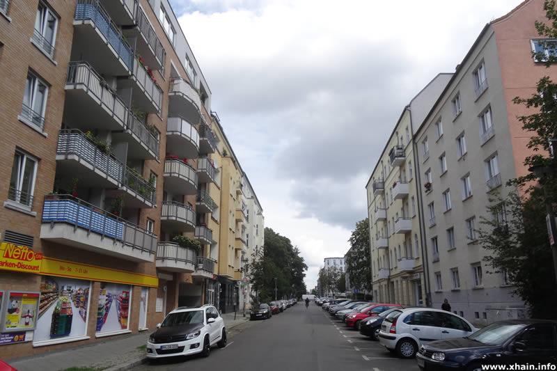 Kochhannstraße Ecke Wilhelm-Stolze-Straße (Netto)