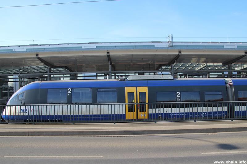 Regionalbahn am Bahnhof Ostkreuz