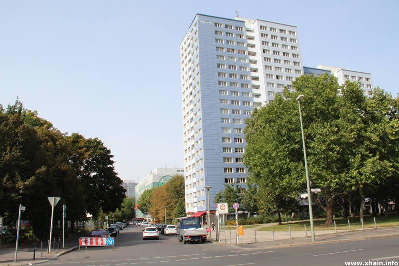 Lange Straße Ecke Straße der Pariser Kommune
