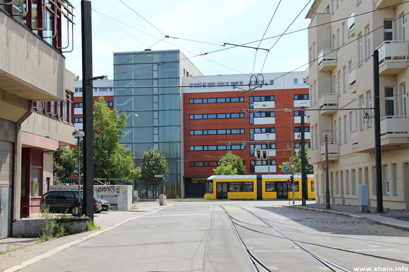 Langenbeckstraße, Blickrichtung Landsberger Allee