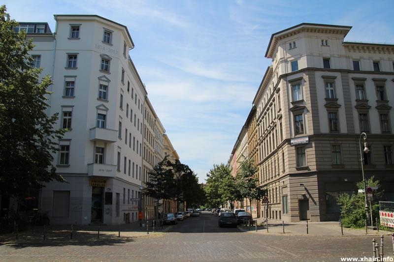 Lausitzer Straße Ecke Reichenberger Straße, Blickrichtung Paul-Lincke-Ufer