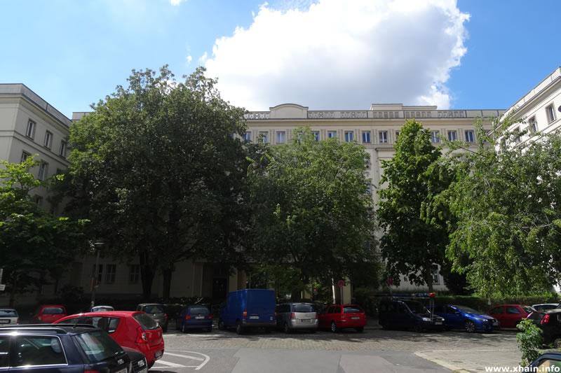 Löwestraße Ecke Mühsamstraße