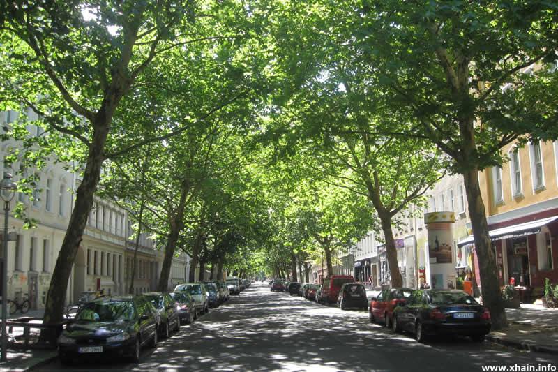 Lübbener Straße, Blickrichtung Görlitzer Straße