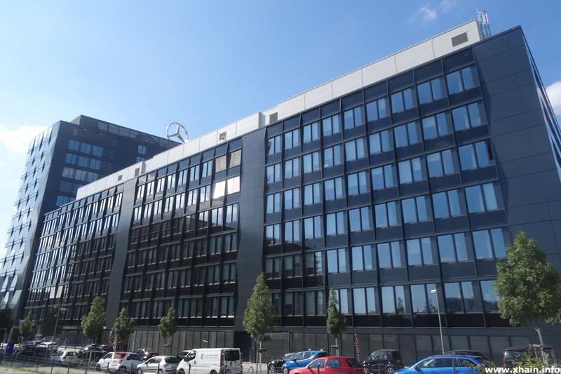 Mercedes-Benz-Vertriebszentrale an der Edith-Kiss-Straße