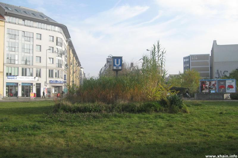 Moritzplatz, Mittelinsel