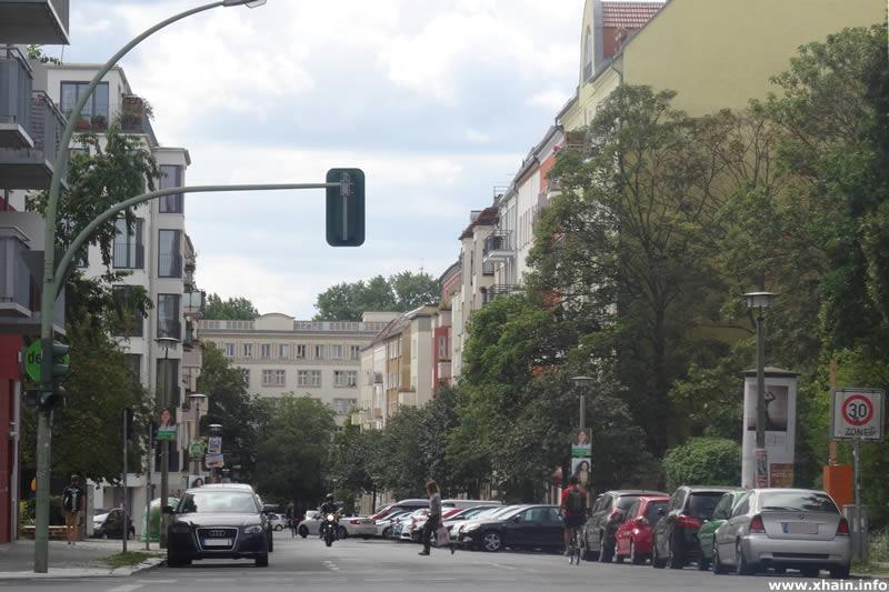 Mühsamstraße, Ecke Petersburger Straße