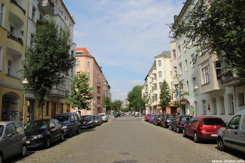 Muskauer Straße, Blickrichtung Pücklerstraße