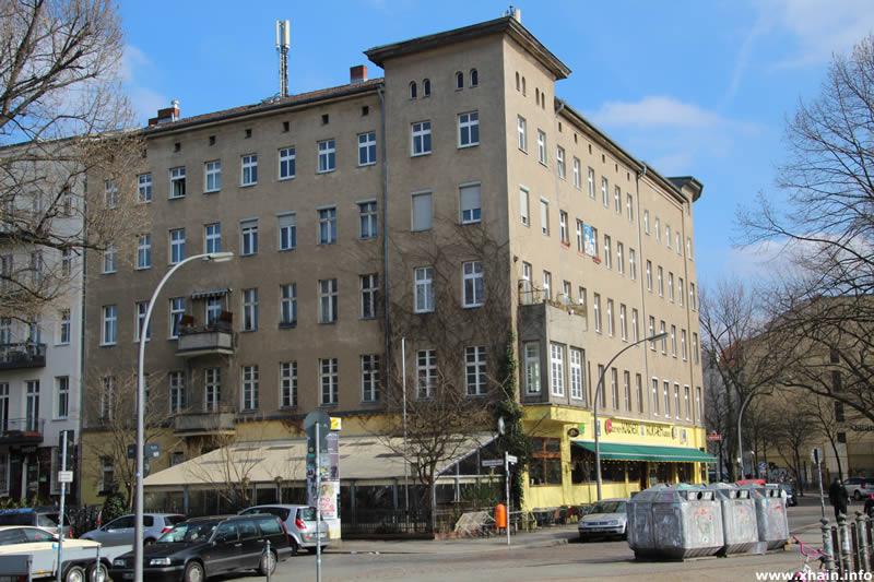 Oranienplatz Ecke Leuschnerdamm (Kuchen Kaiser)