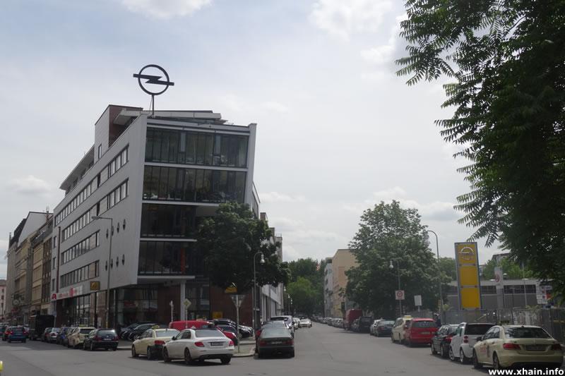 Prinzessinnenstraße, Ecke Oranienstraße