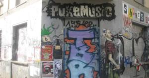 PukeMusic