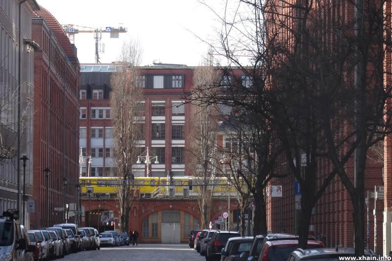 Rotherstraße, Blickrichtung Warschauer Platz