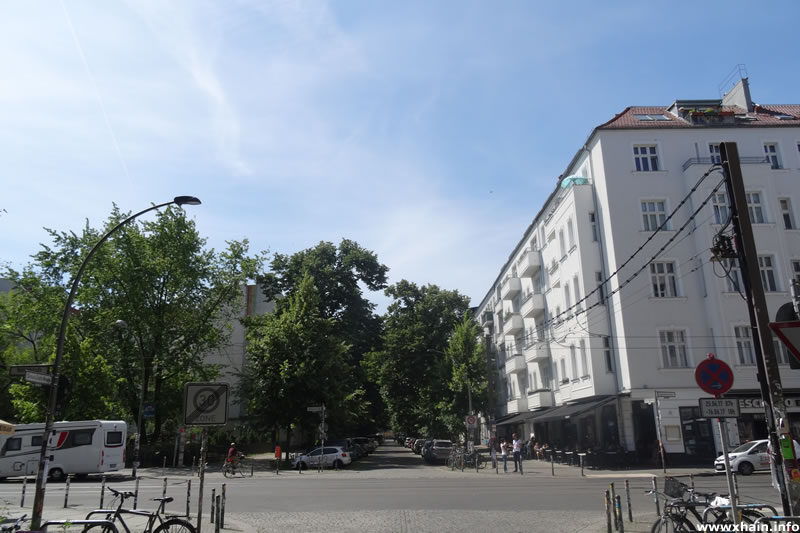 Simon-Dach-Straße Ecke Wühlischstraße