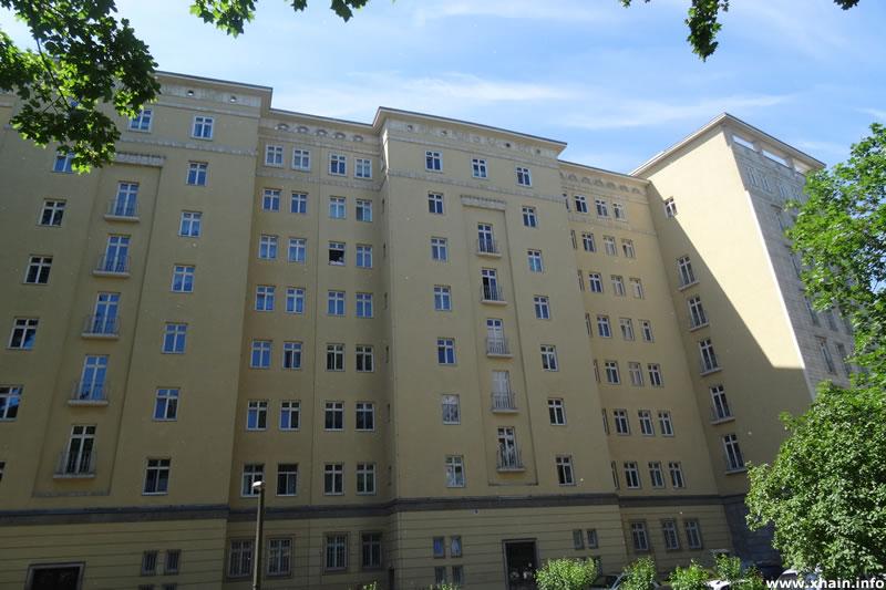 Stalinbauten - Neue Weberstraße