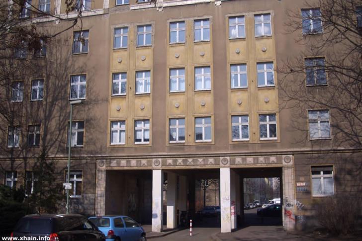 Durchgang Gubener Straße