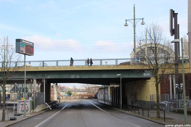 Tamara-Danz-Straße / Warschauer Brücke