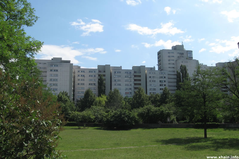 Theodor-Wolff-Park, Blickrichtung Mehringplatz