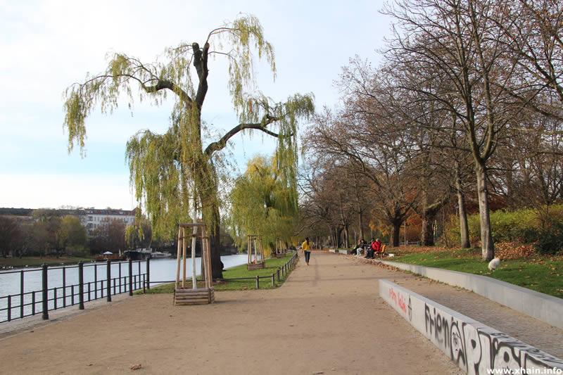 Ufer am Landwehrkanal
