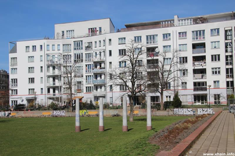 Rahel-Varnhagen-Promenade am Theodor-Wolff-Park