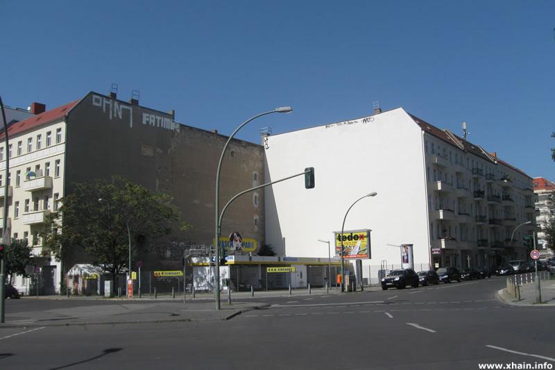 Kreuzung  Ebertystraße, Thaerstraße und Mühsamstraße